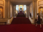 buckingham palace stairs