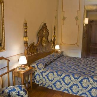 Ala in Venice room