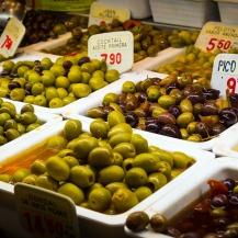Mercat Boqueria olives