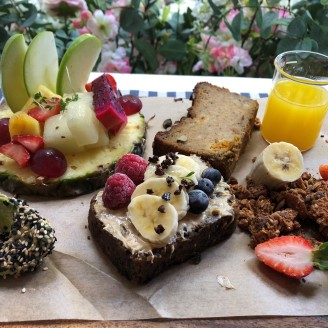 F brunch fruit platter