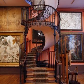 Moreau staircase