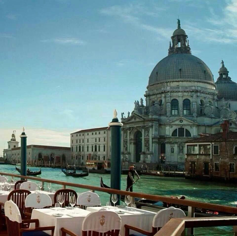 the Grand Canal Restaurant